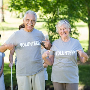 volunteer-older-adults.jpg