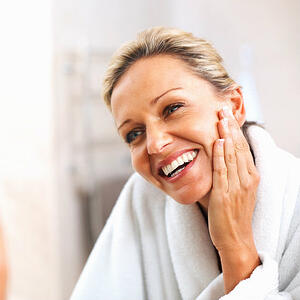 skincare_tips_for_older_adults-1.jpg